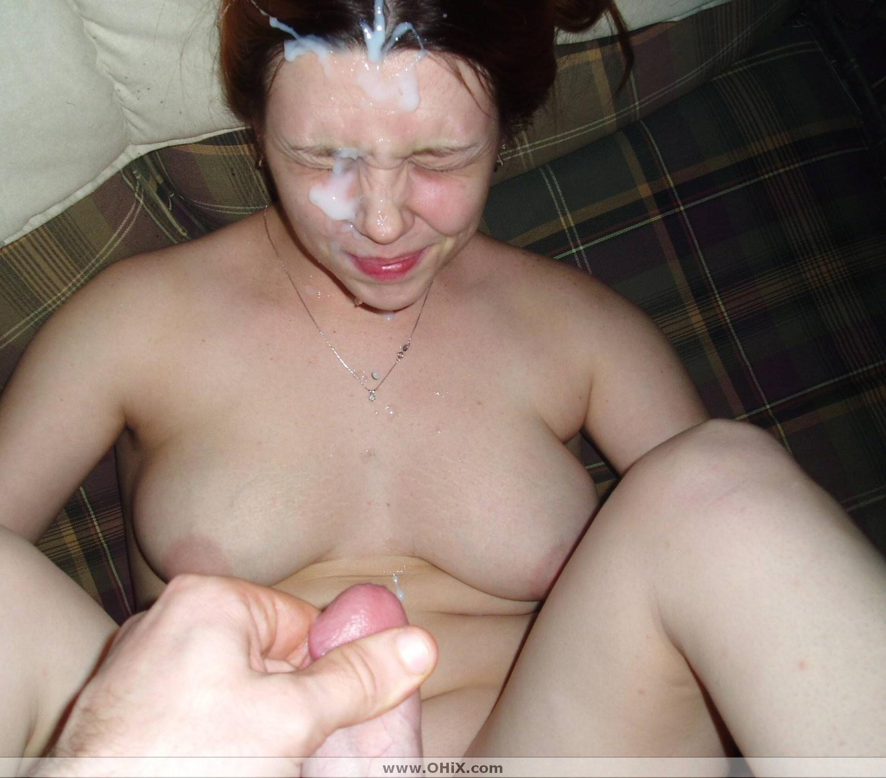 Сперма на девушках и одежде фото 28 фотография